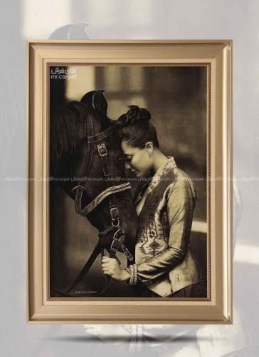دختر و محبت اسب 0.87*0.62 تبریز